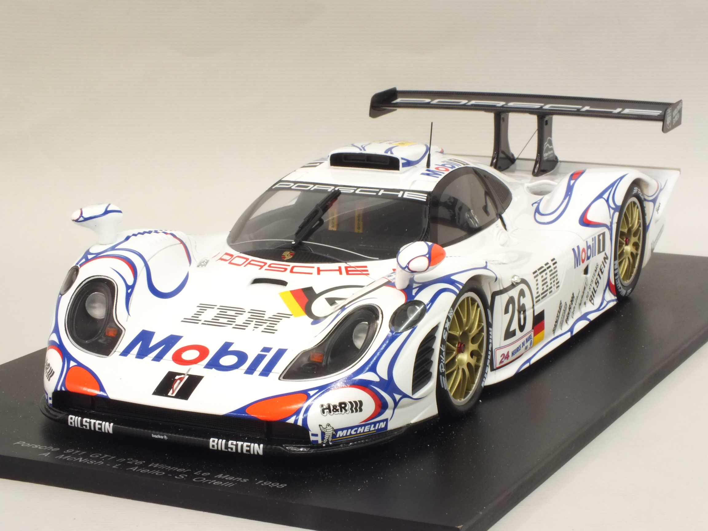 Porsche_911_GT1_26_Winner_Le_Mans_1998_Aiello_-McNish_-Ortelli Breathtaking Autoart Porsche 911 Gt1 Review Cars Trend